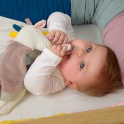 Kikadu label comforter unicorn baby