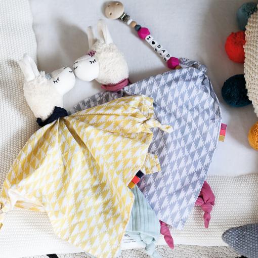Kikadu towel doll lama