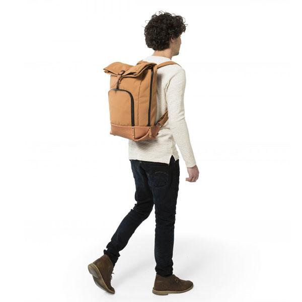 dusq-family-bag-canvas-model-2
