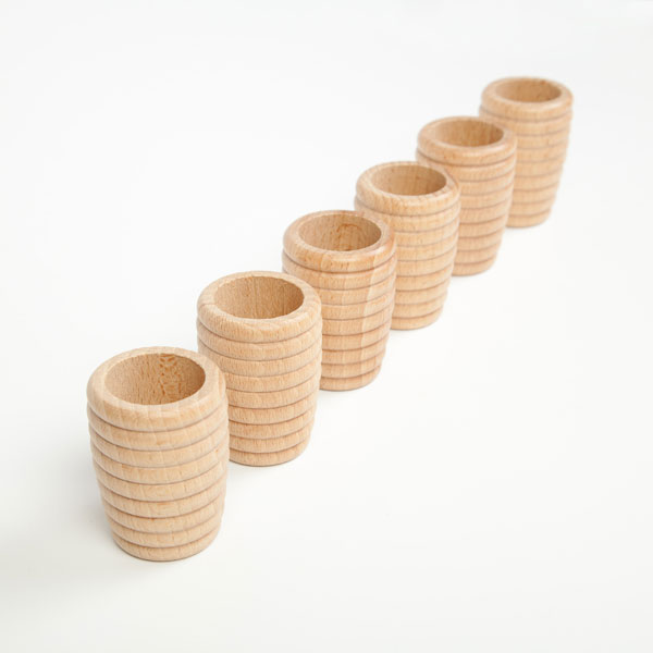 grapat-honeycomb-beakers